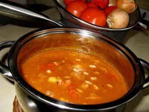 Przepis na pyszną zupę gulaszową